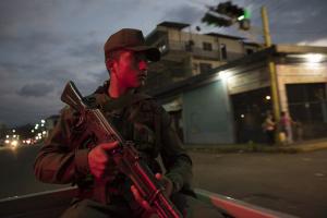 В Венесуэлу прибыли два самолета с российскими военными - СМИ