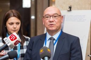 """Багато біженців в Україні працюють """"у таких місцях, як Троєщина"""" – представник ООН"""