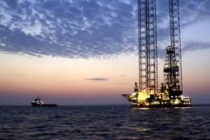 Украина из-за аннексии Крыма потеряла 80% нефтегазовых залежей в Черном море