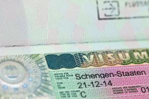 ЕС обновил визовые правила и увеличил сбор до 80 евро