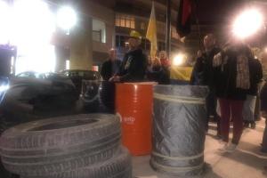У Лісабоні вшанували Небесну Сотню та інсценізували Майдан під посольством РФ