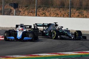 Формула-1: Гемілтон і Кубіца ледь не зіткнулися під час тестів у Барселоні