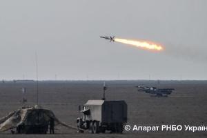 В Украине провели боевые стрельбы зенитных ракетных комплексов