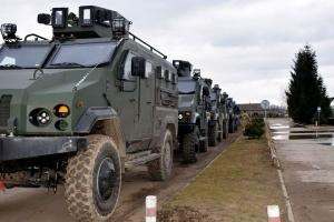 """Marineinfanterie bekommt Panzerfahrzeuge """"Warta"""" - Fotos"""