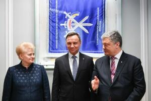 Poroschenko: Litauisch-Polnisch-Ukrainische Brigade ist voll einsatzfähig