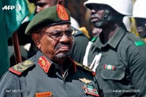 Президент Судану запровадив надзвичайний стан і розпустив уряд