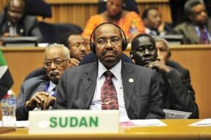 В Судане начали судить экс-президента за коррупцию