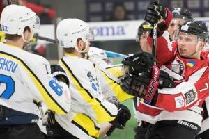 «Донбас» розгромив «Дніпро» і гарантував собі півфінал плей-офф УХЛ