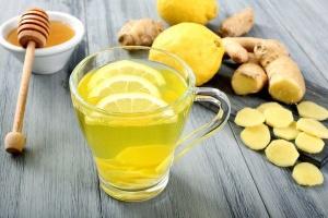 Супрун спростувала міф про користь вітаміну С і лимону при застуді