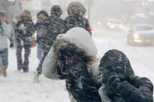 На вихідні в Україні погіршиться погода - сніг і вітер до 40 метрів на секунду