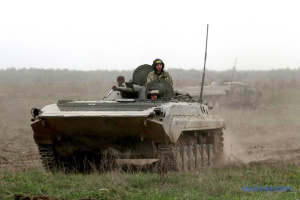 Окупанти тричі обстріляли позиції ЗСУ, один військовий загинув