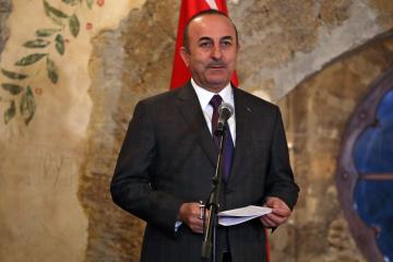 Çavuşoğlu: Turquía jamás reconocerá la anexión de Crimea