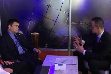Klimkin meets with Szijjarto in Washington