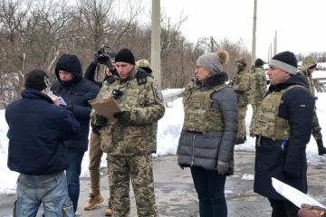 Z okupowanego Donbasu przewieziono 33 więźniów – Ludmiła Denisowa