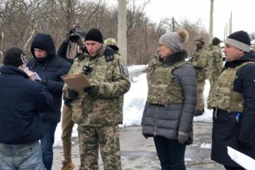 Liudmila Denisova: 33 prisonniers ont été transférés du territoire occupé du Donbass