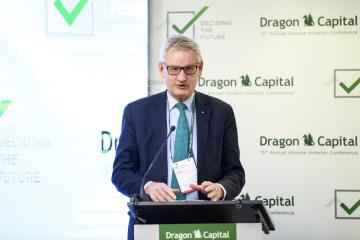 Bildt décrit les conditions dans lesquelles l'Ukraine sera perçue positivement dans l'UE