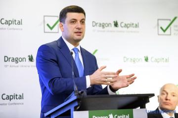 Volodymyr Hroisman assure les investisseurs du développement stable de l'Ukraine
