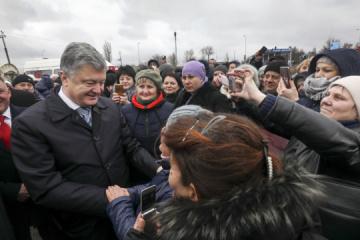Poroshenko opens newly built Odesa-Reni highway