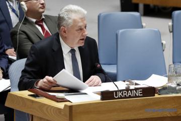 Yelchenko : La Russie doit commencer à agir pour prouver sa volonté de parvenir à une désescalade