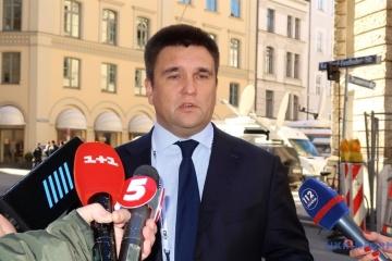 El ministro Klimkin realiza una visita a Bruselas