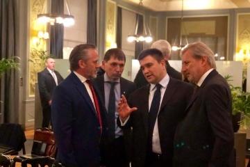 Klimkine a discuté à Bruxelles des sanctions contre la Fédération de Russie