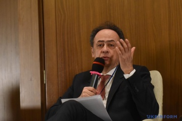 Mingarelli califica a Ucrania como un campo de batalla en la guerra de información
