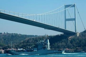 Two NATO ships enter Black Sea