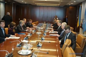 Poroshenko y Guterres acuerdan la visita del Secretario General Adjunto de las Naciones Unidas a Ucrania