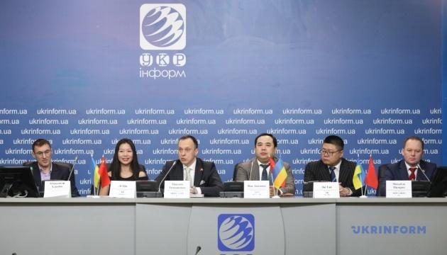 Візит делегації НМАУ ім. П.І. Чайковського до КНР: нові вектори розвитку у сфері музичної освіти