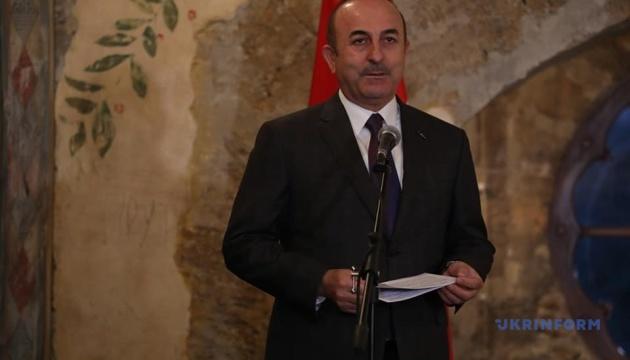 Турция обещает помощь в освобождении украинских моряков из российского плена