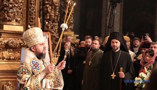 Предстоятеля Православної Церкви України офіційно звели на престол