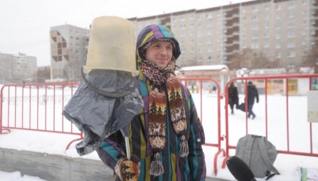 В десятках городов России проходят