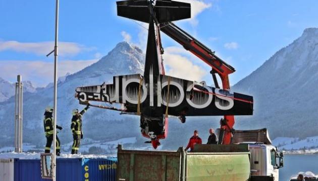 В Австрии во время авиашоу в озеро упал самолет