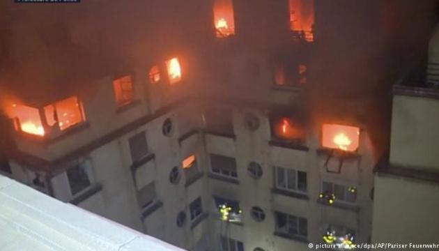 Кількість загиблих унаслідок пожежі у паризькому будинку зросла до 10