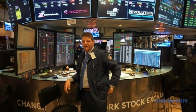 Американські біржі продовжили