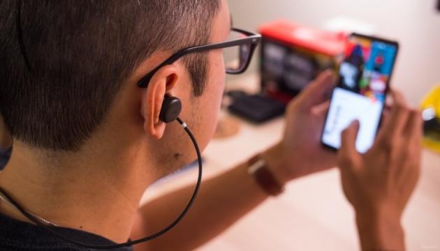 Google Assistant відтепер може перекладати розмову людей