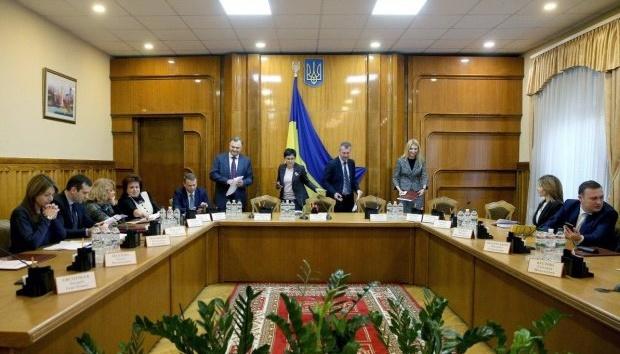 La CEC termine l'enregistrement des candidats à la présidentielle: 44 noms sur la liste