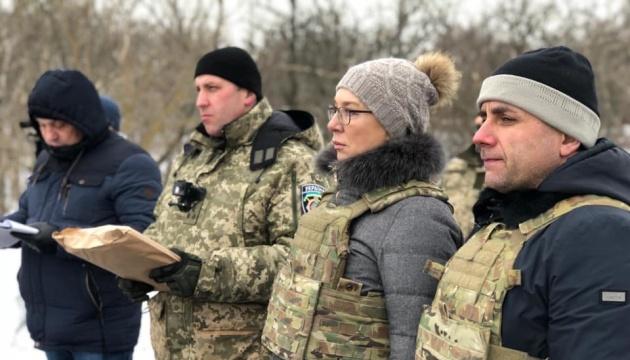"33 Häftlinge aus ""Luhansker Volksrepublik"" verlegt - Fotos"