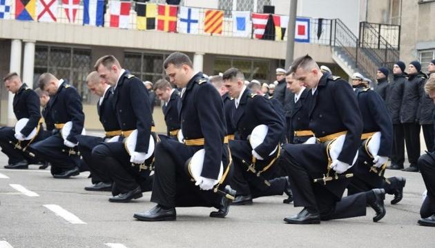 Двом полоненим морякам присвоїли офіцерські звання