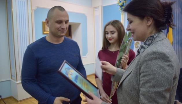 Фріз: Сертифікати на квартири отримали 33 родини учасників АТО