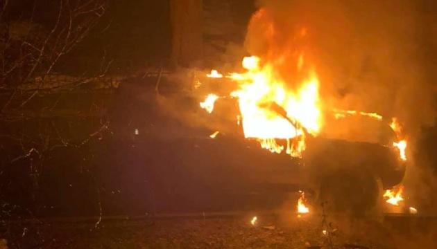 У Києві спалили машину матері депутата Київради