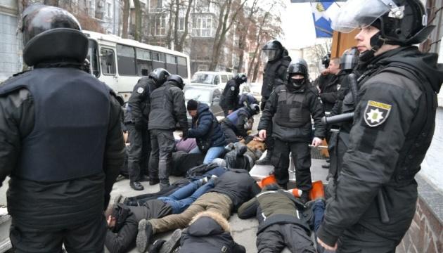 """""""Лєжать, Бандера!"""", або Як дві історії — радянська та українська — між собою конфліктують"""
