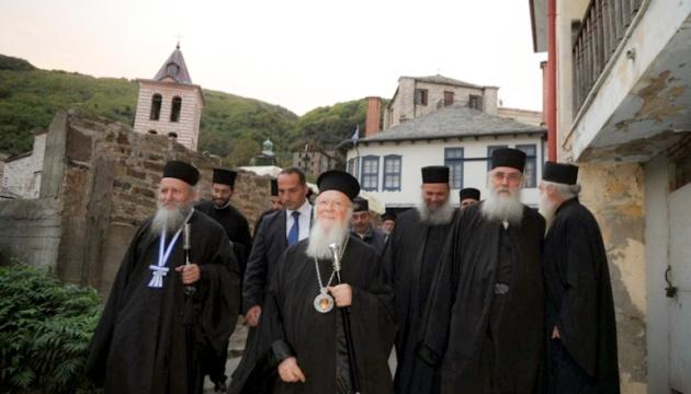 Афонські монахи стали на бік Вселенського патріархату щодо України - ЗМІ
