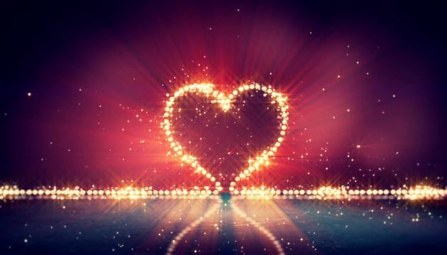 У Києві засвітять серце, яке буде видно з усіх куточків міста