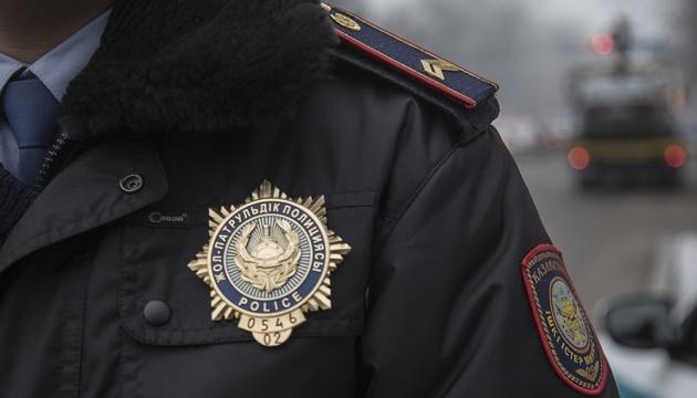 У Казахстані затримали двох українських правозахисників - волонтери
