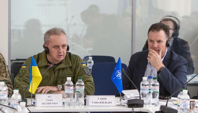 Генштаб разработал несколько планов противодействия спецподразделениям РФ - Муженко