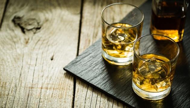 Ученые назвали три самые опасные для употребления спиртного периоды жизни человека
