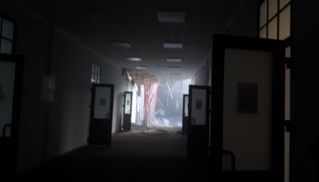 В здании петербургского вуза обрушились перекрытия