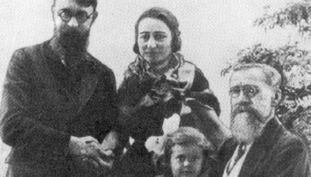 Софія Окуневська-Морачевська. Русалка з волоссям старого золота