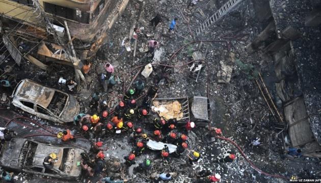 Кількість загиблих від пожежі у Бангладеш зросла до 110